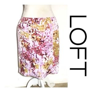 Loft Abstract Floral Skirt -Pockets!